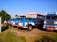 Samling gamle lastebiler ved Slagelse i Danmark